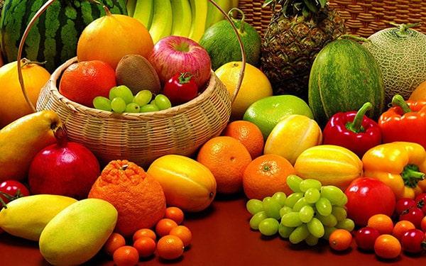 Trái cây là loại thực phẩm có lợi cho da