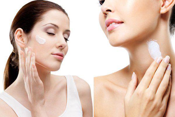 Sử dụng kem chống nắng để bảo vệ da mùa hè