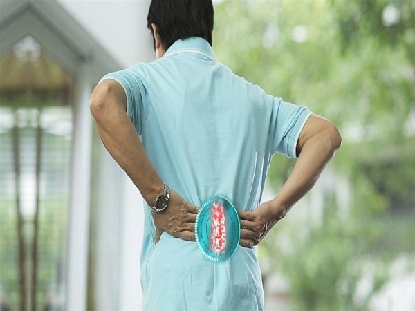 Cách điều trị thoát vị đĩa đệm cột sống lưng không dùng thuốc 1