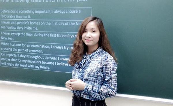 Cô Hoàng Xuân
