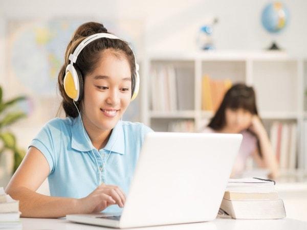 """10 giáo viên luyện thi môn Tiếng Anh """"hot"""" nhất ở Hà Nội"""
