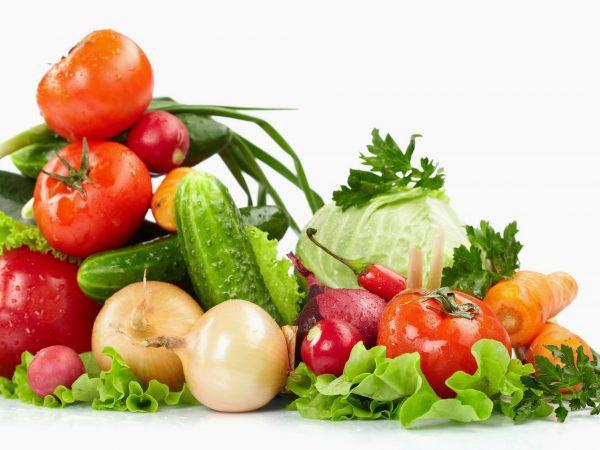 Những loại rau xanh, hoa quả: Cung cấp nhiều vitamin, khoáng chất, chất xơ cho thai nhi