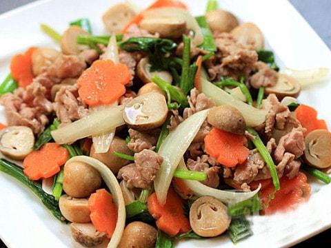 nấm rơm xào thịt bò 1