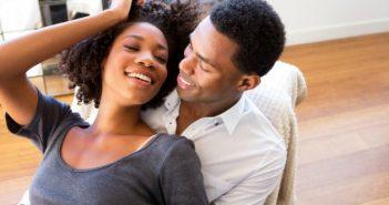 Phụ nữ sau sinh mổ bao lâu thì được quan hệ?