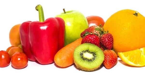 Tăng cường các thực phẩm giàu vitamin C là cách trị đau đầu chóng mặt rất tốt