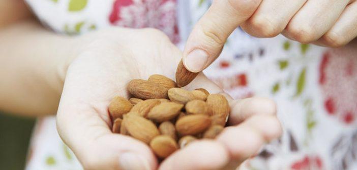 Các loại hạt tốt cho sức khỏe bà bầu và thai nhi
