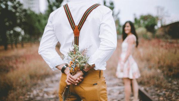 Lựa chọn hình thức để tặng hoa